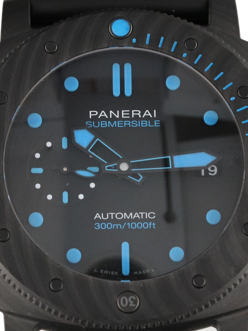 35762: Panerai Luminor Submersible Carbotech, PAM01616, 2020 Full Set