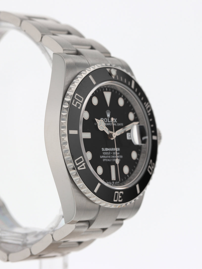 35967: Rolex Submariner 41, Ref. 126610LN, Unworn 2021 Full Set