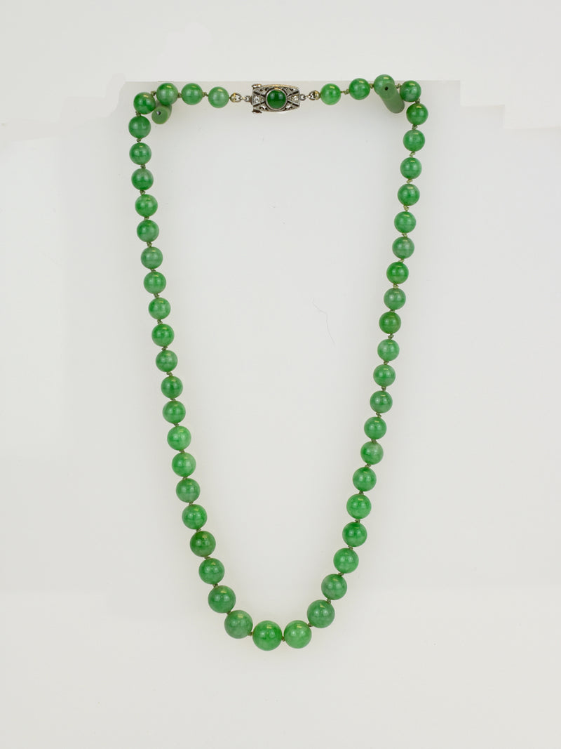 M35693: Jade Bead Necklace