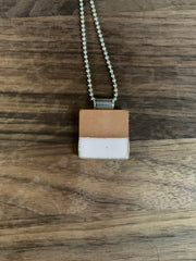 Necklace Square Diffuser