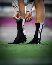 Load image into Gallery viewer, Pure Grip Socks Black