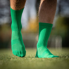 Load image into Gallery viewer, Pure Grip Socks Green