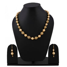 Load image into Gallery viewer, Pearl Golden Necklace With Earrings