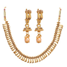 Load image into Gallery viewer, Stylish Gold Plated Necklace Set