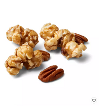 Load image into Gallery viewer, Maple Pecan Caramel Corn 7oz