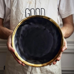 An Onyx Plate, LARGE