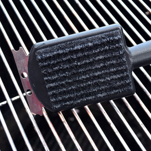 Kingsford GrillMate Grill Cleaner Replacement Pads; Sturdy, Non-Metal Bristles; Six Replaceable Cleaning Pads