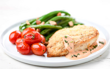 Load image into Gallery viewer, Chicken in Oregano-Tomato Cream with blistered tomatoes and green beans