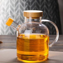 Load image into Gallery viewer, Glass Oil Bottle Kitchen Supplies Spice Jar High Boron Glass Oil Pot Condiment Bottle with Bamboo Cover 650ml