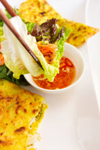 Load image into Gallery viewer, Vietnamese Sizzling Crepe / Pancake (Banh Xeo)