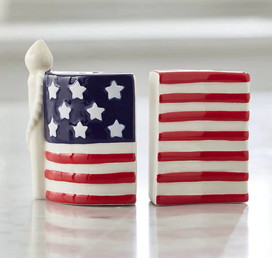 goodness & grace American Flag Salt & Pepper Shaker Set