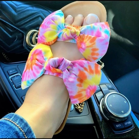 TIE-DYE DOUBLE STRAP BOW SANDALS