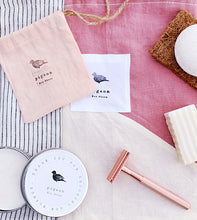 Load image into Gallery viewer, Zero Waste Gift Set with Rose Gold Reusable Razor