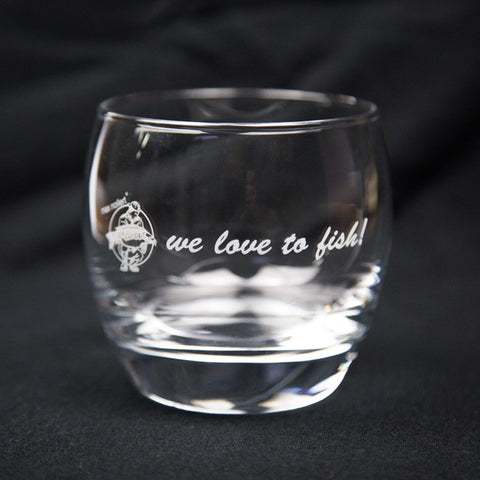 "iGlass - with engraving ""we love to fish!"""
