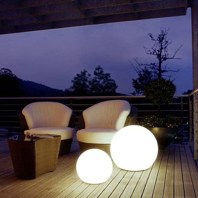 Fuvv Sphere Lamp - Villa and Oak