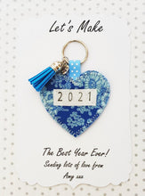 Load image into Gallery viewer, New Year's Gift - Handmade 2021 Pocket Hug heart fabric keyring with tassel - Blue Floral