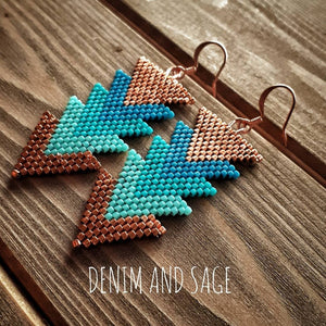 Turquoise and copper arrow beaded earrings. Indigenous handmade.