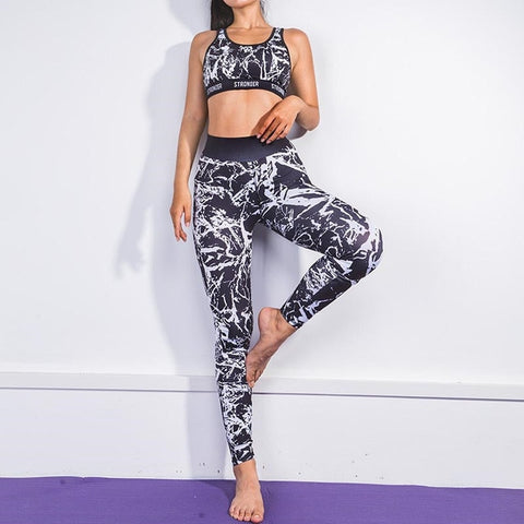 Women's Fitness Suit with Digital Print for Workout, Yoga, Running, and other activities