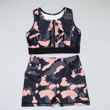 Women Fitness Sets with O Neck Zipper Bra And Push Up Shorts in Casual Camouflage Print