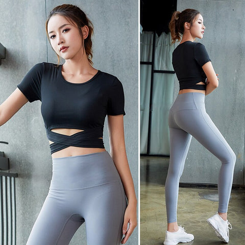 Seamless Yoga Set for Women, Short Sleeve Top + Fitness Leggings with Breathable Fabric