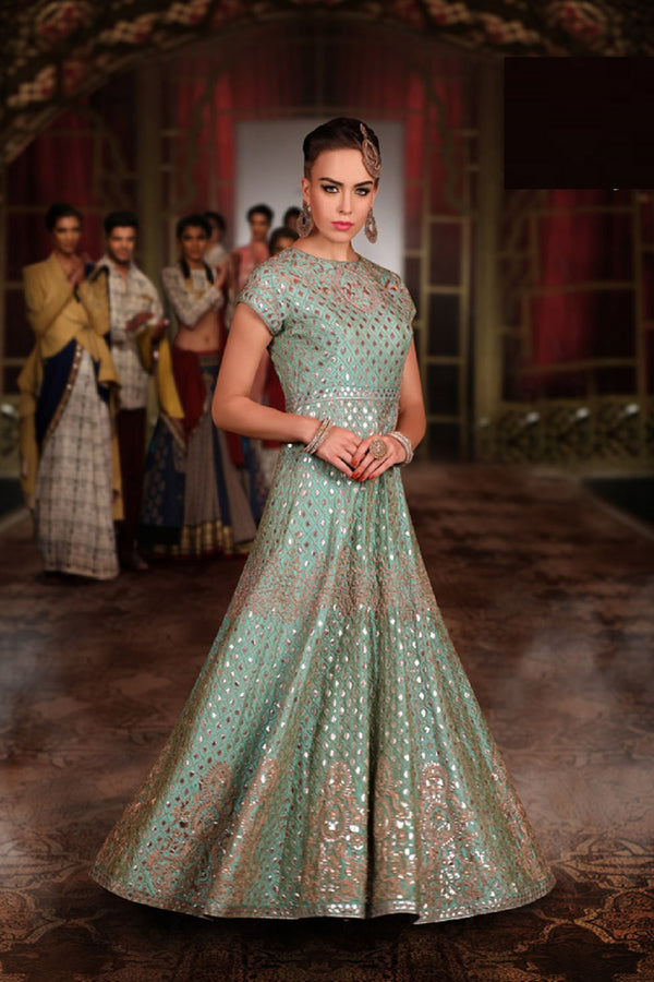 THE BIDRI MASTANI GOWN