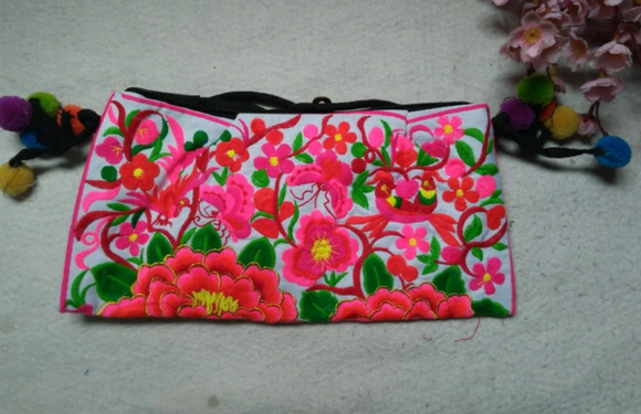 Cotton Cloth embroidered women handbag / shoulder bag - 3