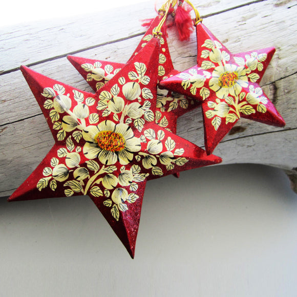 Paper Mache Star - Red (White flowers)