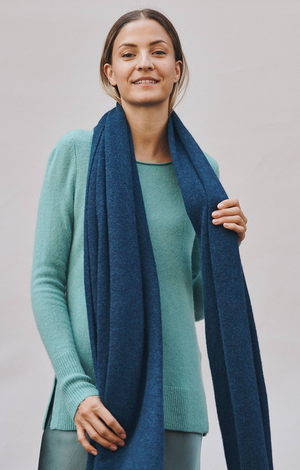 Travel Wrap In Deep Teal Heather