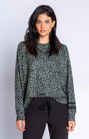 Running Wild Leopard - L/S Top - Olive