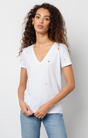Cara Tee In White Embroidered Hearts