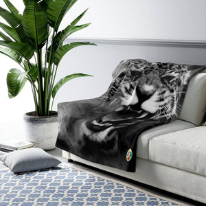 """ROAR"" - 50""x60"" Sherpa Fleece Blanket - JAXGFX"
