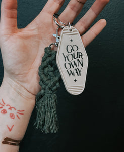 Go your own way // motel keychain
