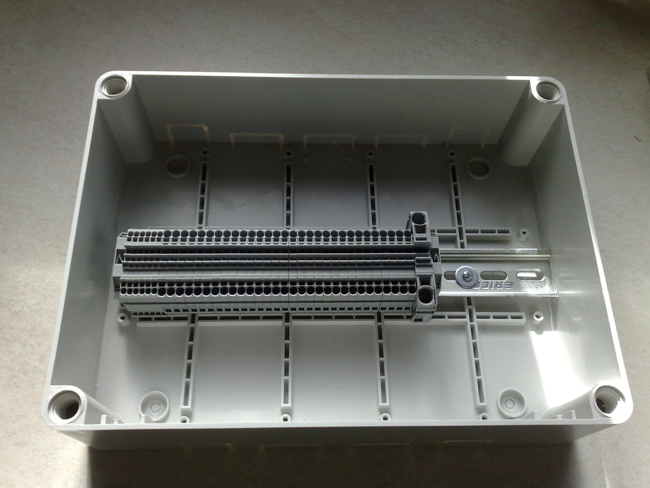 DRE-5 v2 DIN Rail Enclosure