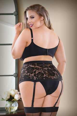 Make me Holla!!! Plus Size Bra Set