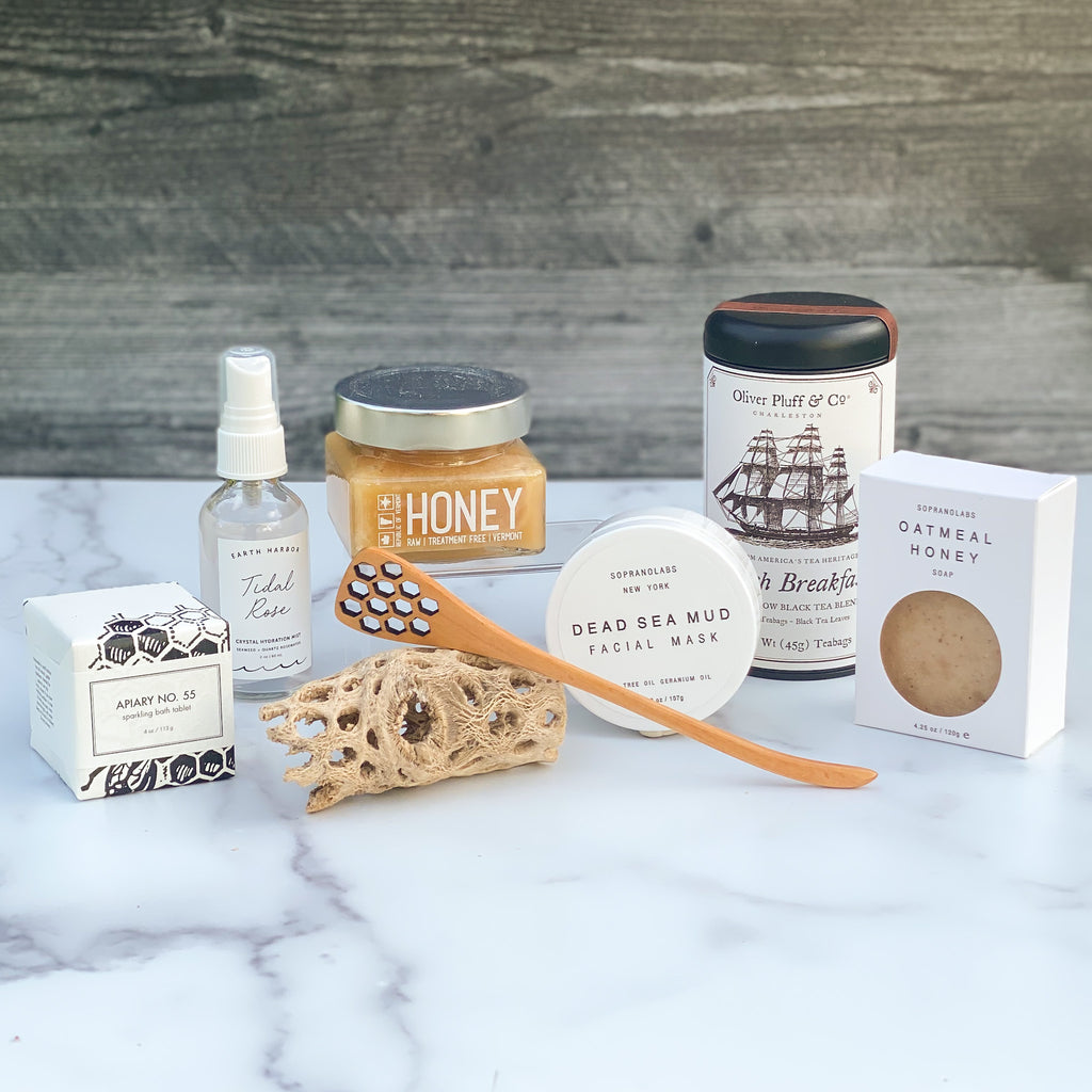 Refresh-spa-women-tea-honey-dipper-face-mask-mist-soap-bath-tablet-sparrow-gift-box-american-made