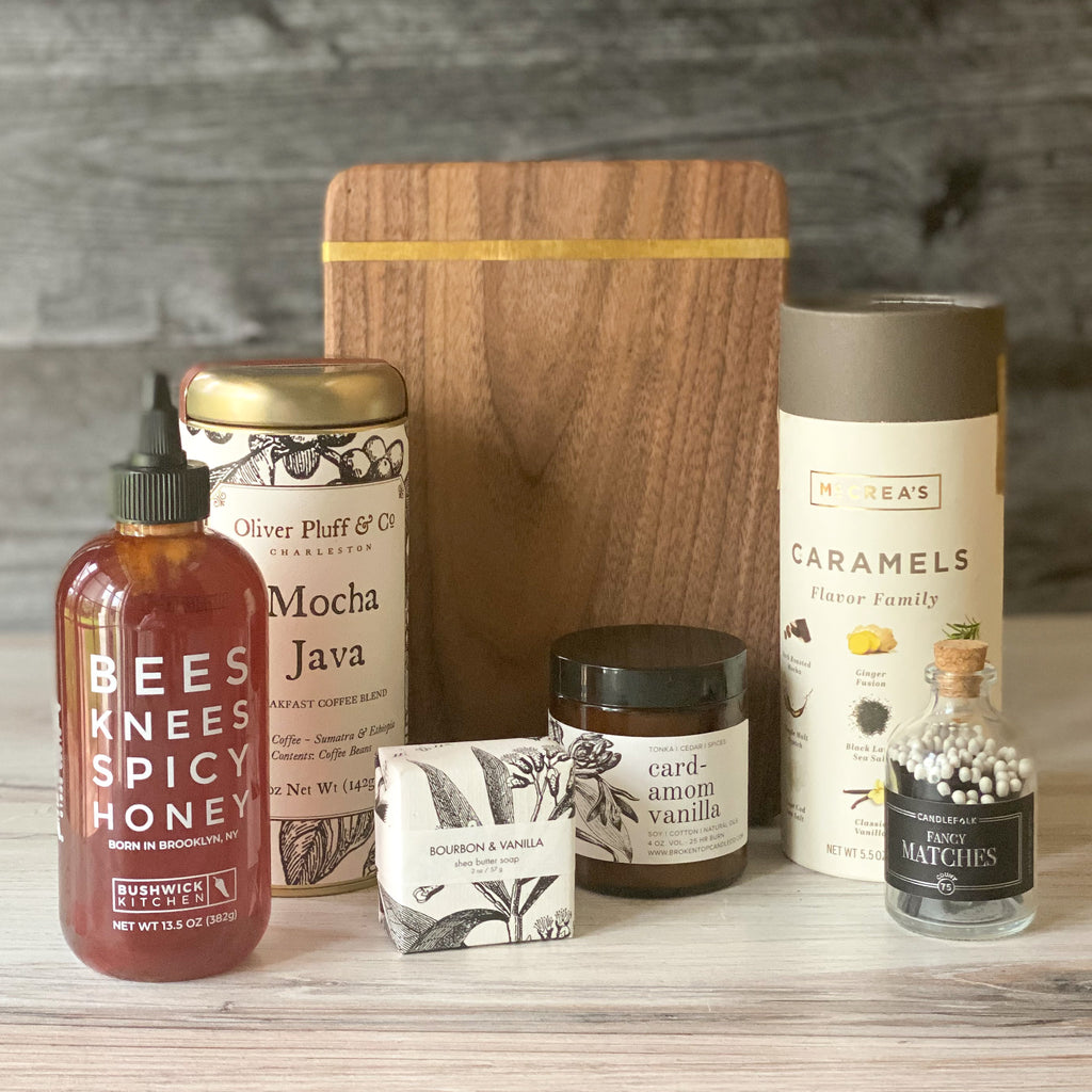 The Hostess-sparrow-gift-box-spicy honey-mocha java-candle-matches-caramels-american made-gift