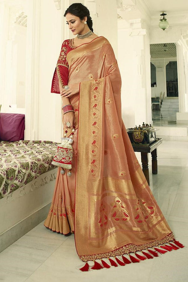 Traditional Look Saree In Peach Paired With Contrasting Red Blouse STC3127