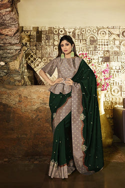 Designer Saree In Dark Green Paired With Contrasting Mauve Blouse STC3110
