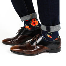 Load image into Gallery viewer, Navy Floral Patterned Socks Socks Adesso Man