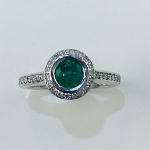 Emerald and Diamond Ring in 18ct White Gold