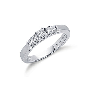 18ct White Gold 0.50ct 5 Stone Princess Cut Diamond Ring