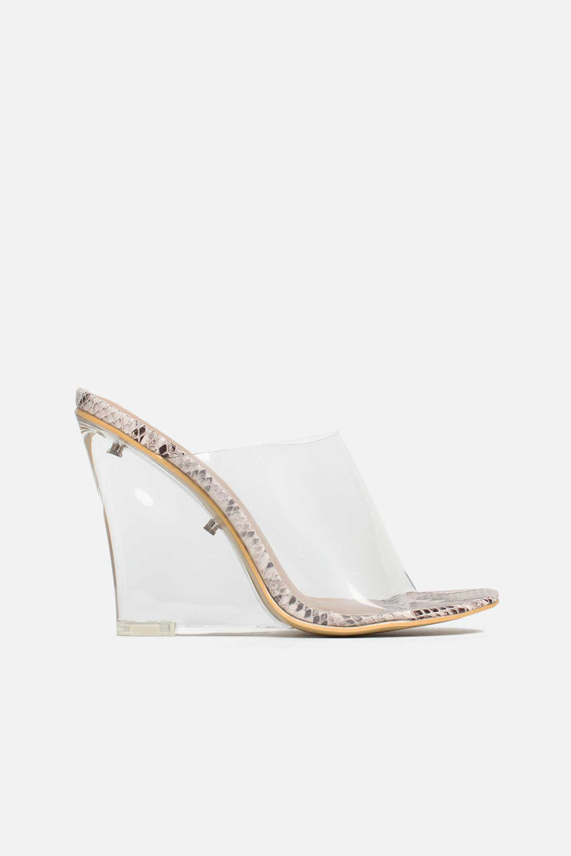 Akika Perspex Wedges In Beige Vegan Snake