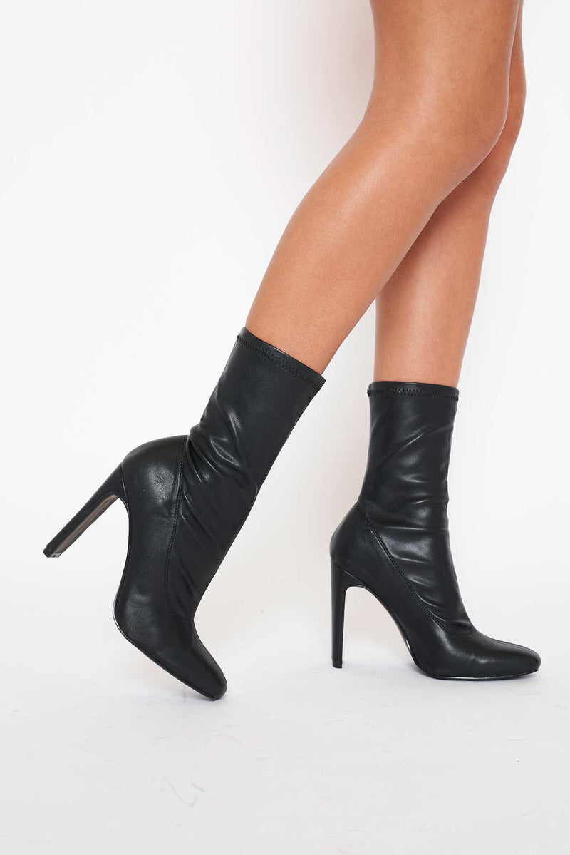 Winnie Rectangular Heeled Ankle Boots in Black Vegan Leather