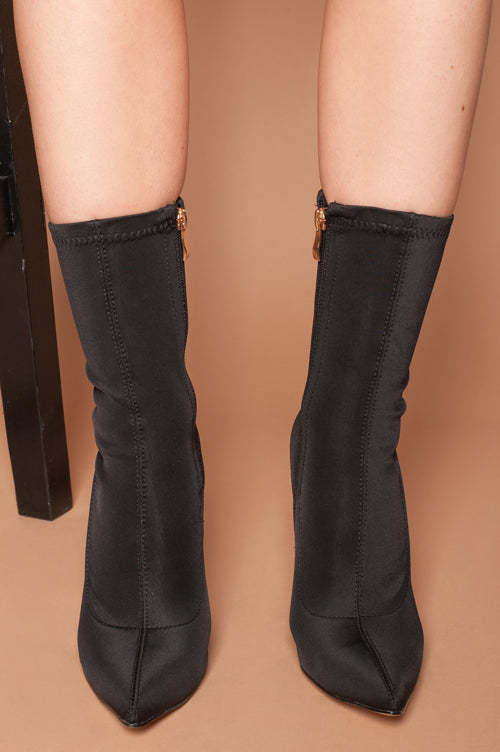 Maria Pointed Toe Ankle Boots in Black