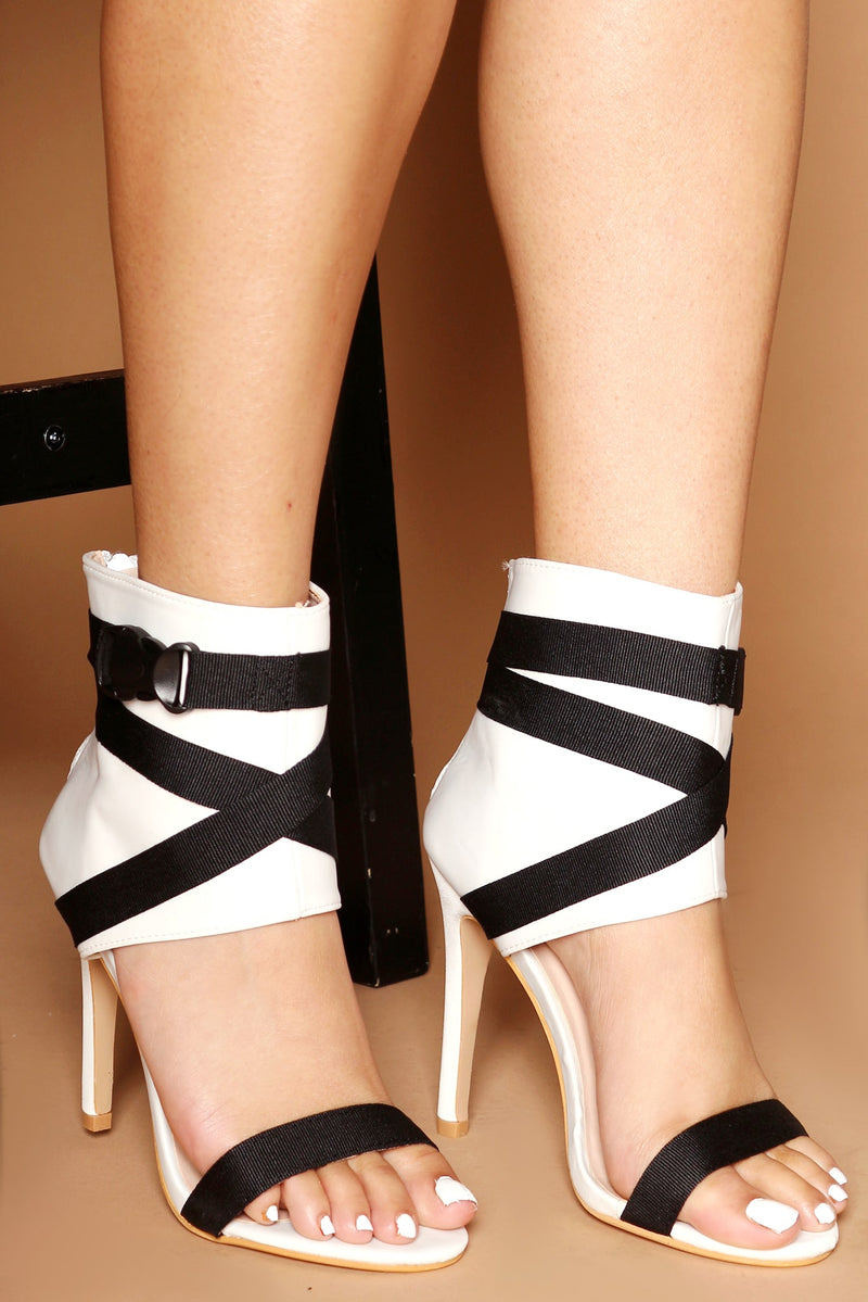 Chelle Peep Toe Buckle Ankle Boots in White Lycra