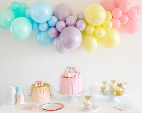 How To Create A DIY Balloon Garland