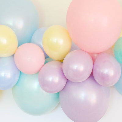 Balloon Garland Kit - PASTELS - with FREE Partyware