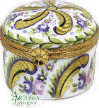 SKU# 7665 - Round Hat Box: Fontainebleau - (RETIRED)