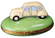 Load image into Gallery viewer, SKU# C077074 Antique French Car
