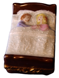 SKU# C078026- Couple in bed
